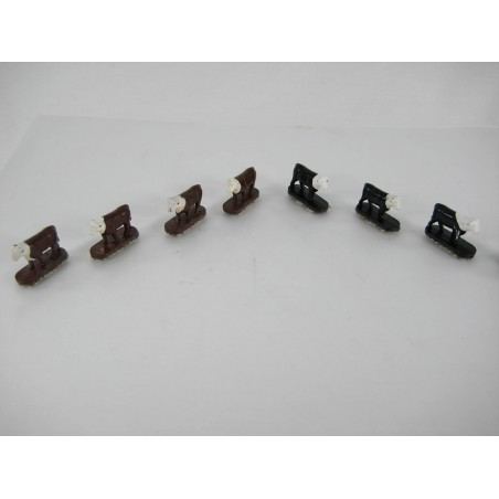 8 American Flyer Cows for American Flyer No. 771 & 23771Operating Stock Yard