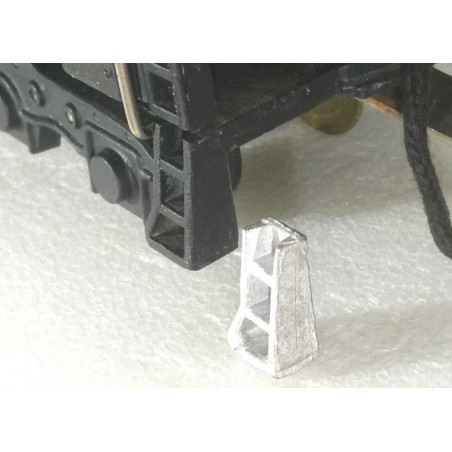 Tender Right Front Step Replacement Step for American Flyer Northerns