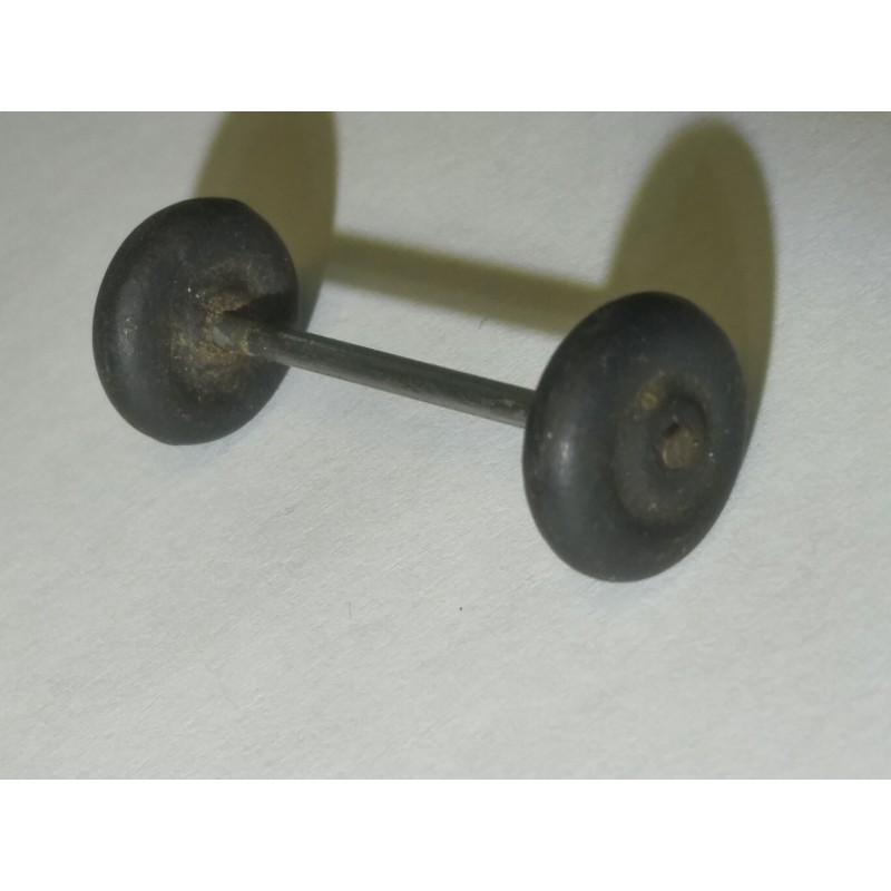 Front Wheels and Axle for 3 Wheel Forklift for American Flyer No. 23779 Oil Drum Loader