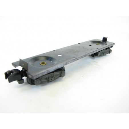 American Flyer Box Car / Reefer Frame, Sintered Iron Trucks, Knuckle Couplers